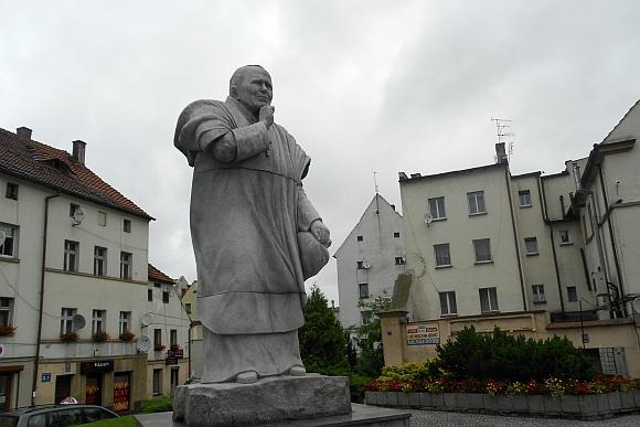 01.pomnik na bl